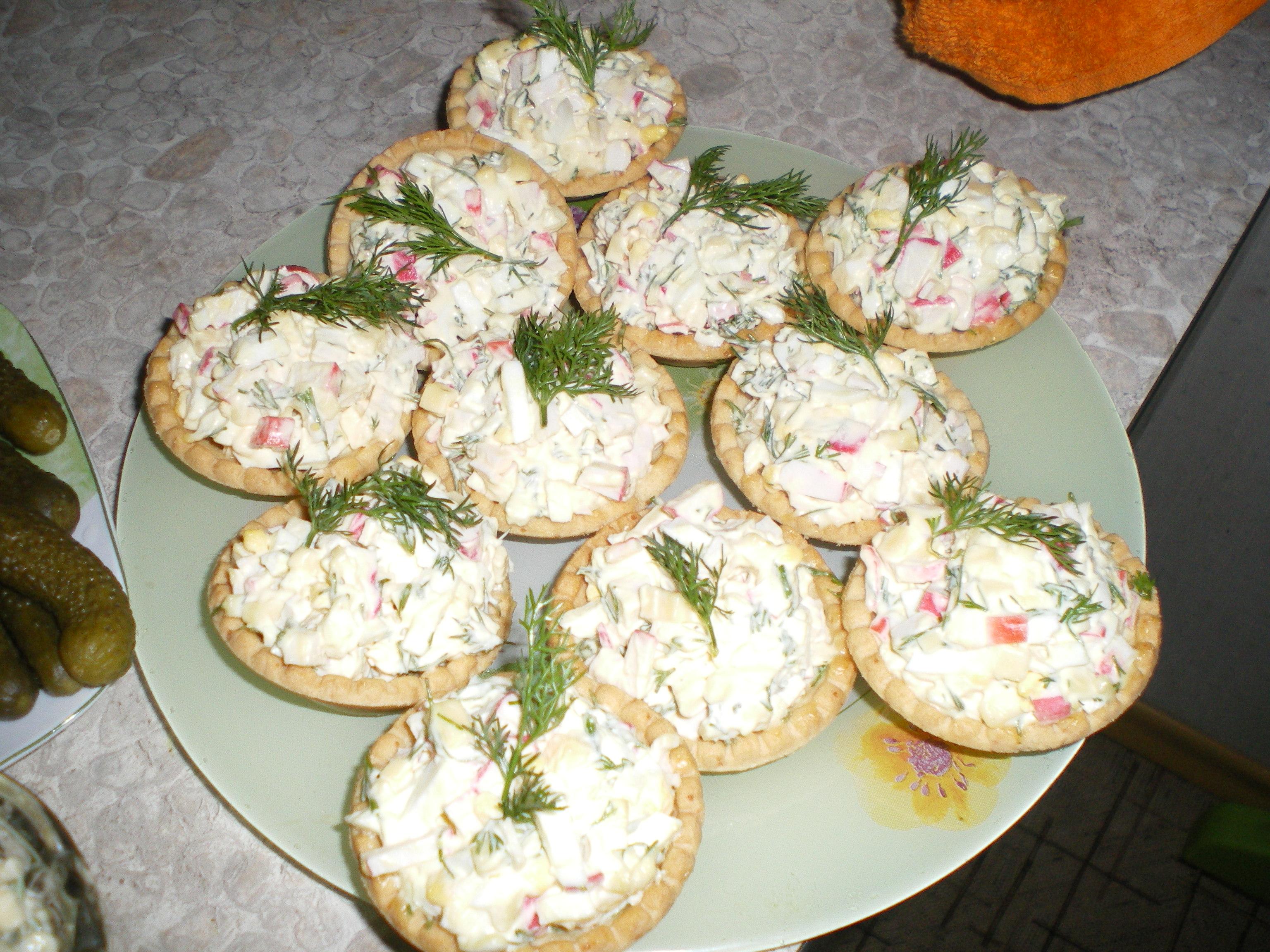 Вкусные салаты в тарталеткахы