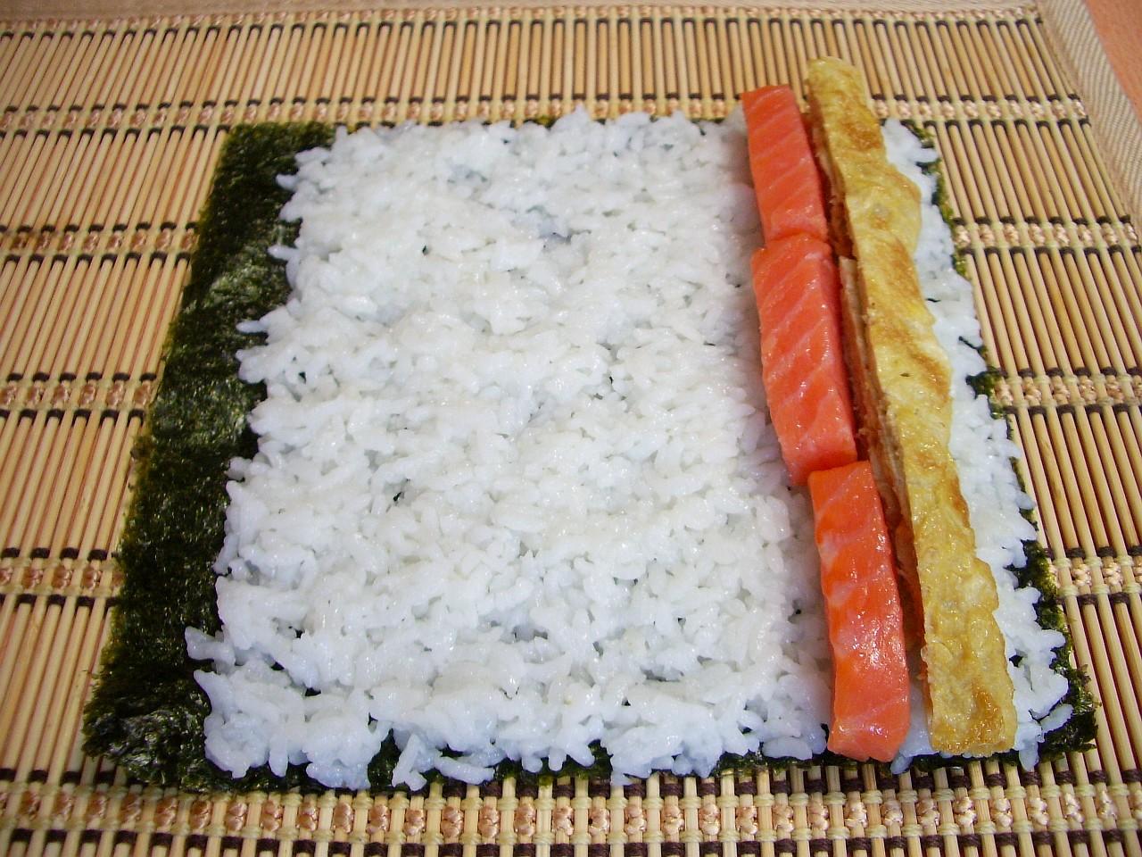 Роллы в домашних условиях готовим рис